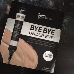 NEW IT Cosmetics Bye Bye Under Eye Concealer